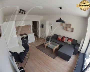 Kompletne zariadený 2i byt s klimatizáciou, 2x lodžia a parking
