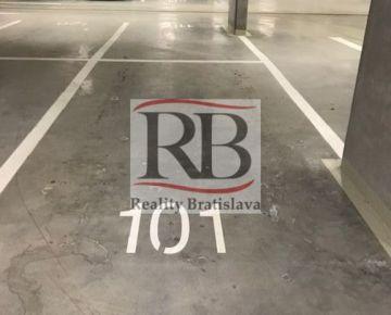 Na prenájom garážové státie na ulici Zuzany Chalupovej v projekte Slnečnice