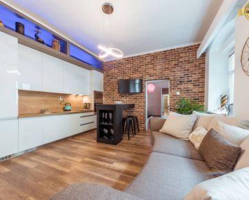 BA - PEŠIA ZÓNA - Dizajnový 2i plne zariadený byt