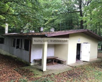 RK Reality Gold - Bratislava s.r.o. ponúka na predaj chatu / rekreačný objekt Smolenice
