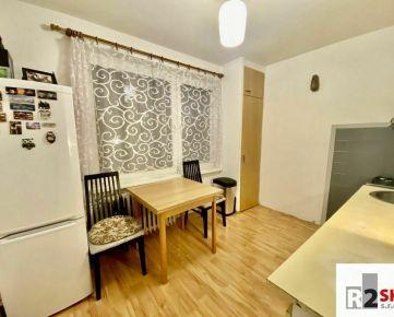Predáme 1 izbový byt, Žilina - Vlčince, Tulská ulica, LEN V R2 SK.