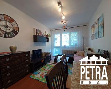 PREDAJ : 2 izbový byt po rekonštrukcii s lodžiou na Uhlisku