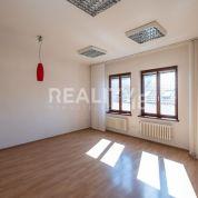 Kancelárie, administratívne priestory 200m2, čiastočná rekonštrukcia