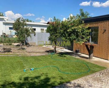 Ponúkame na predaj zahradu 800m2 so záhradným domom v Podunajských Biskupiciach