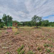 Pozemok pre rodinné domy 7945m2