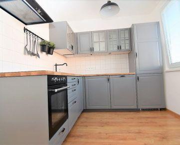 BOND REALITY - Moderný 3 izbový byt s lodžiou na Latorickej ul. po celkovej rekonštrukcii