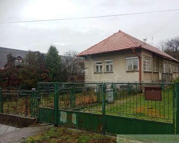 Pekný zachovalý rodinný dom v obci Bzovík vhodný na chalupu
