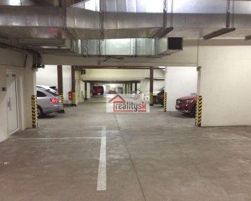 Prenajmem garážové státia v podzemnej garáži na Zámockej ulici