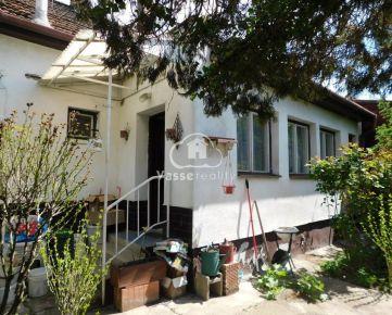 Ponúkame Vám na  predaj 3-izb. rodinný dom v Nových Zámkoch .