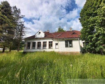 Objekt bývalej školy v krásnom prírodnom prostredí v obci Lúky pri Púchove na predaj