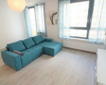BOND REALITY - Prenájom 1 izbového bytu s lodžiou v novostavbe na Plynárenskej ul.