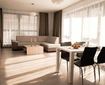 NEO- veľkometrážny 2i byt v centre Trnavy