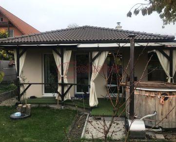 Trojizbový rodinný dom v Šamoríne