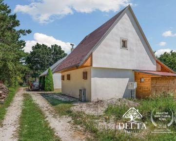 REZERVOVANÉ DELTA   3 izbová zateplená rekreačná chata hodinu od Bratislavy, Kočín