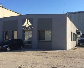 TOP Realitka – Exkluzívne - Administratívno-výrobný-prevádzkový areál, ubytovňa, kancelárie, haly, oplotené a spevnené odstavné plochy, prístup pre kamióny, tichá lokalita, Podunajské Biskupice