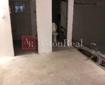Veľkometrážny 3 izbový byt vo Vrútkach 93m2 v rekonštrukcii