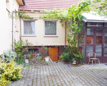 Predaj samostatne stojaceho 4. izb. rodinného domu na 8á pozemku v Pezinku