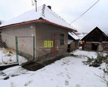 Rodinný dom vhodný na REKONŠTUKCIU  42m2 , pozemok 241m2