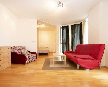 Zariadený 1, 5i byt na prenájom v Bratislave v novostavbe s parkovaním