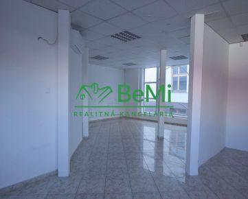 Na prenájom obchodný priestor 121 m2, centrum Nitra (368-25-LUB)
