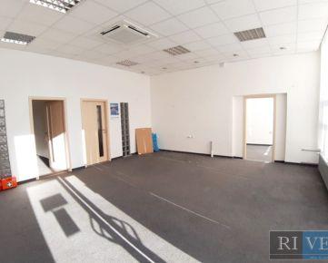 90 m2 – priestor vhodný na administratívno-obchodné účely