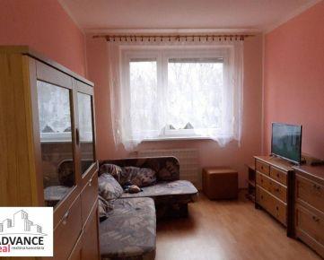 Prenájom 4 izbový byt, Bratislava - Petržalka, Vyšehradská ulica