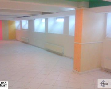 Kancelária 90 m2 - znížené prízemie na Hospodárskej ulici