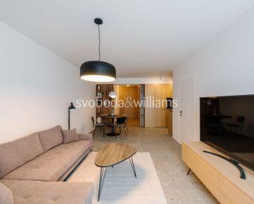 SVOBODA & WILLIAMS I 2-izbový byt s loggiou v novostavbe v historickom centre Trnavy