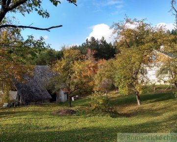 Dom so stodolou a sadom na jedinečnom mieste v prekrásnej prírode Myjavských kopaníc na predaj
