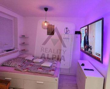 1-izbový zariadený byt v NOVOSTAVBE  na predaj, Pršianska terasa , Banská Bystrica