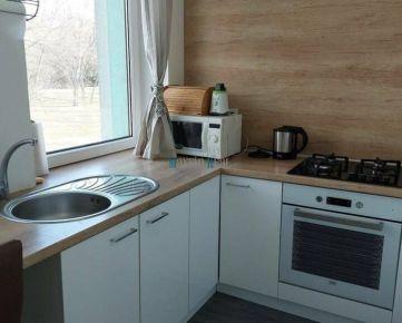 MAXFIN REAL - Prenájom - Moderný 2-iz.byt - Bývanie v parku