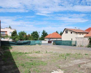 BOND REALITY - Ponúkame stavebný pozemok v Stupave.