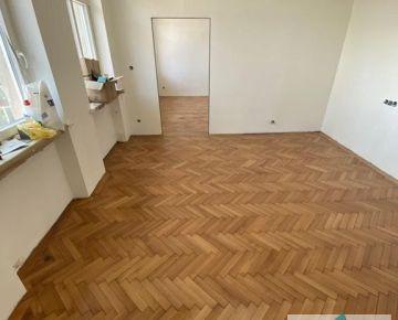 3 izb. byt, VAJANSKÉHO NÁBREŽIE