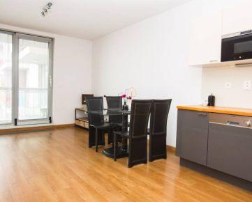 PREDAJ - moderný 1 izbový byt v Mlynskej doline (CUBICON).