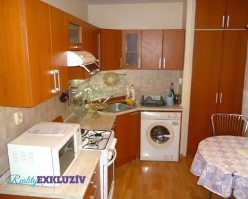 3 izbový byt na predaj v Lučenci, po rekonštrukcii, s loggiou...