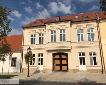 Veľký 2- izbový byt na Halenárskej ulici