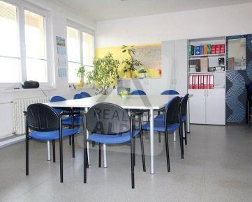 Kancelárske priestory, /40 m2/, Žilina- Centrum