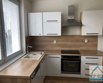 Predaj nadštandardne zrekonštruovaného 1,5 izbového bytu, ul. Topoľčianska, BAV - Petržalka
