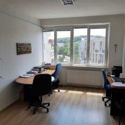 Kancelárie, administratívne priestory 17m2, kompletná rekonštrukcia
