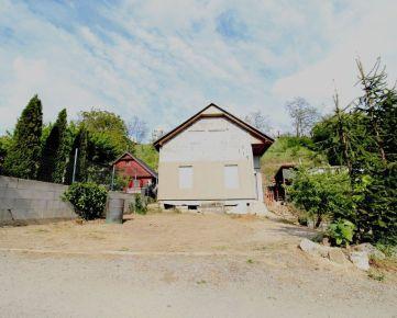 CASMAR RK ponúka na predaj murovanú chatu  v chatovej oblasti Posádka