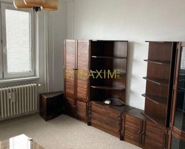 3-izbový byt na Sklenárovej ulici v Ružinove.