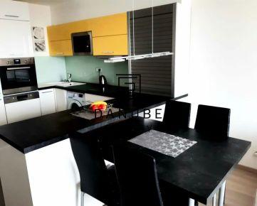Prenájom 3 izbový byt 85 m2 v novostavbe Tri Veže, Bajkalská ulica, Bratislava-Nové Mesto.