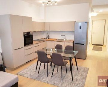 Prenájom 2 - izb. bytu s parkovaním v novostavbe Blumentál na Radlinského ul.