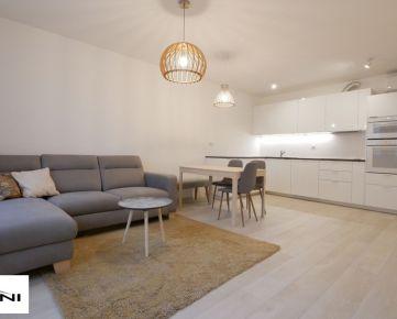 Surani RK ponúka na prenájom 2-izb. byt 57m2, garáž, novostavba, Beskydská ulica  - Staré Mesto.