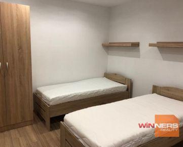 Ponúkame na prenájom  priestranný a čiastočne zariadený 2 izbový byt  na ul. Požiarnická