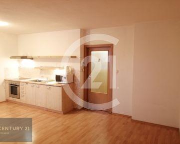 Predaj čiastočne zariadený 1 izbový byt Nitra - Južná ulica  INVESTIČNÁ PRILEŽITOSŤ !