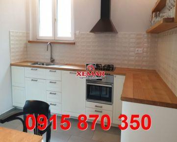 Na predaj veľkometrážny 3 izbový tehlový byt v centre mesta Banská Bystrica