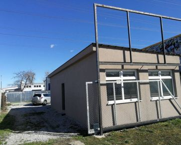 Predaj pozemku 382 m2 s NP 60 m2 + 2 garáže, Galvaniho ul. , Ružinov