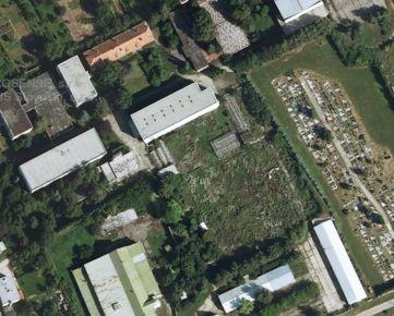 Predáme súbor objektov a pozemkov v Zemianskych Sadoch (bývalé SOU poľnohospodárske)