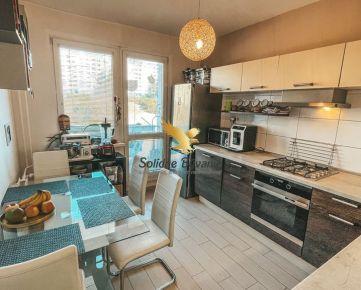 REZERVOVANÝ!!! EXKLUZÍVNE!!! Veľký 3 izbový byt v Sásovej na predaj